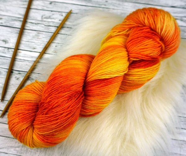 Dancing Fire ∙ Socks Basic 100g/420m