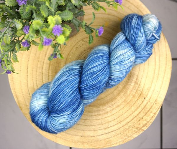 Slightly blue ∙ Merino Single 100g/400m
