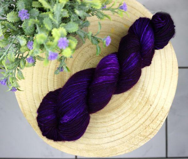 Dark Violet ∙ Merino Single 100g/400m